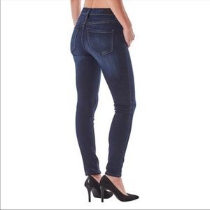 NWT Women's High Rise Jeans - 4